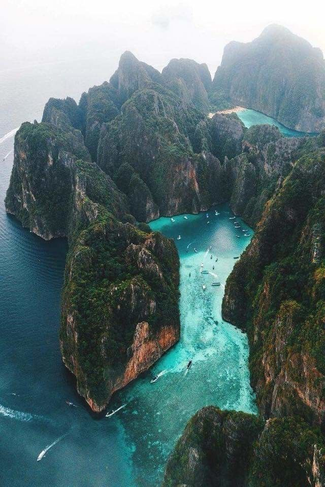 Ko Phi Phi Le - gdzieś na oceanie indyjskim.