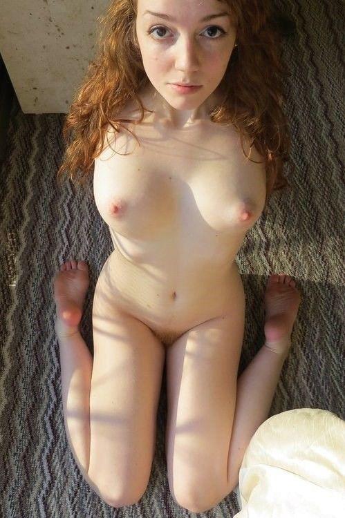 голые няшки частное фото