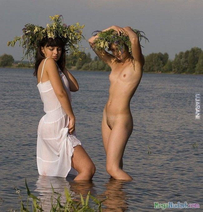 video-prazdnik-golih-devushek
