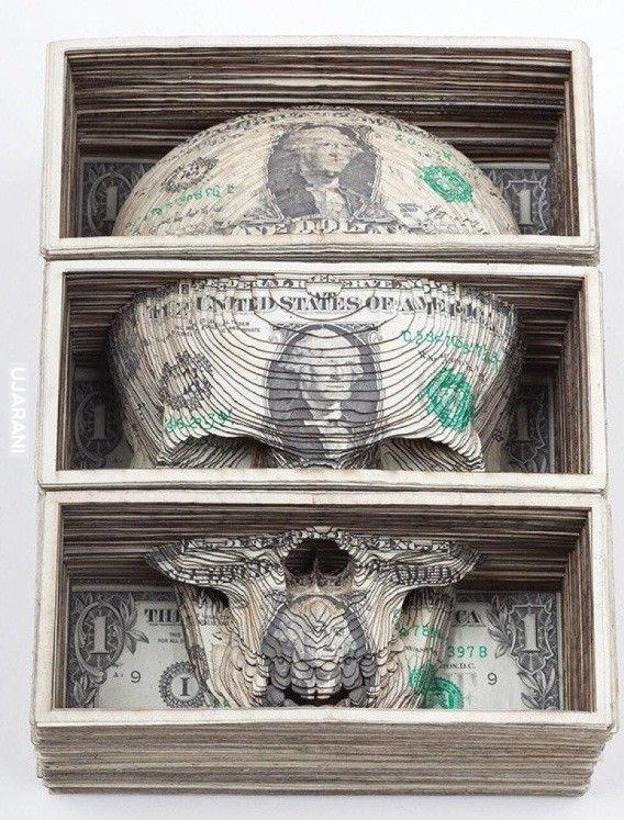 Czacha z pieniędzy