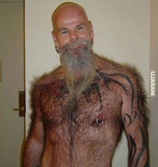 Ty ogól brode bo Ci się głowa od torsu nie odróżnia!!
