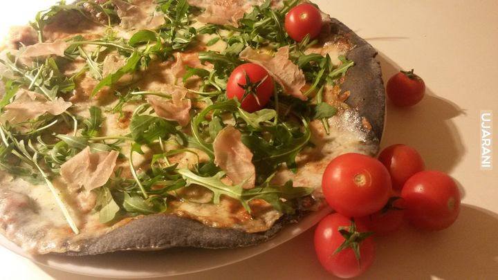 pizza węglowa
