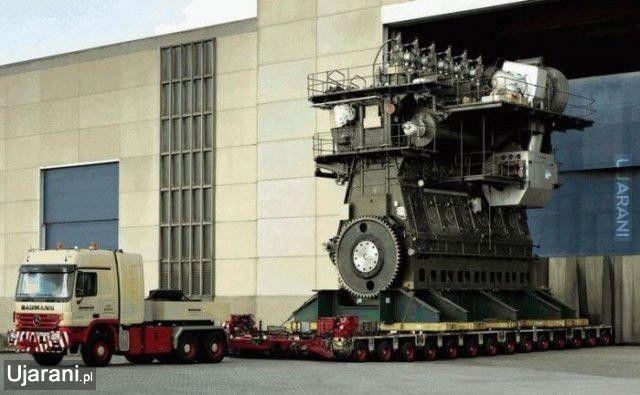 Wartsila-Sulzer RTA96-C - Największy silnik dwusuwowy