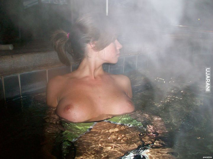 Girl shits herself in hot tub, nude chicks running
