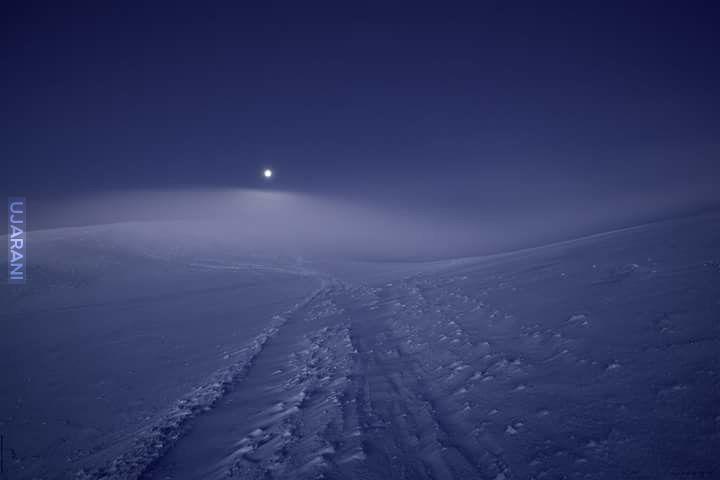 Zachód księżyca o wschodzie słońca