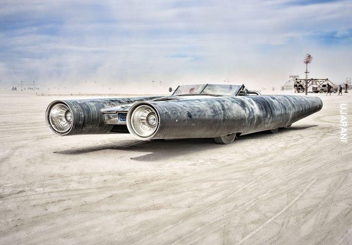 Rakietowy samochód od Dailyburnpi