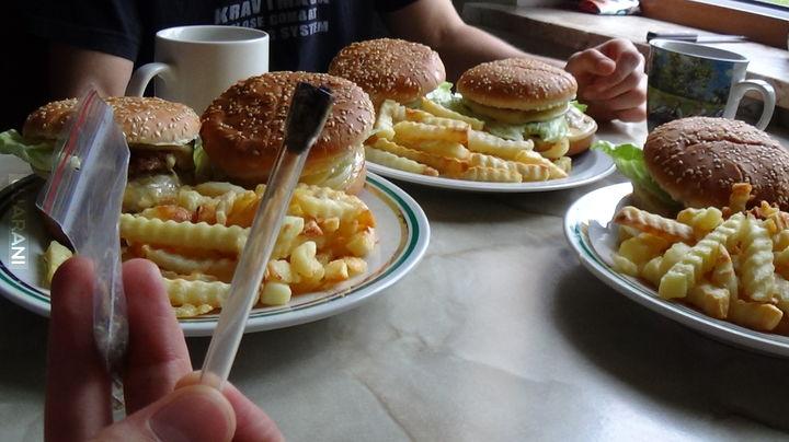 Przed jedzeniem obowiązkowo! :P