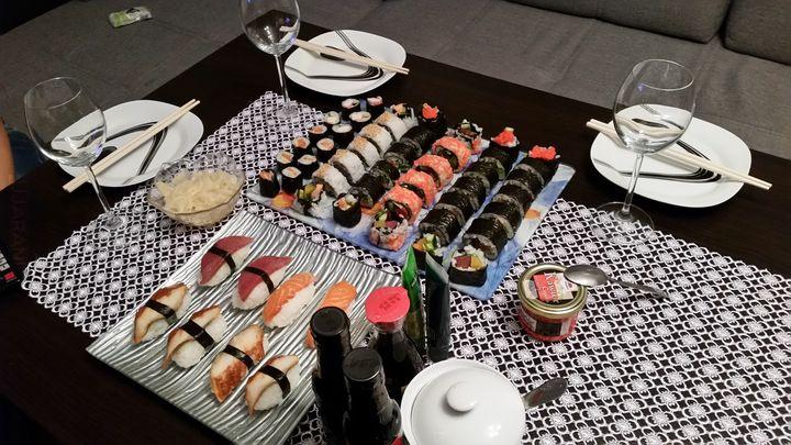 Sushi przygotowane przez moją Pani