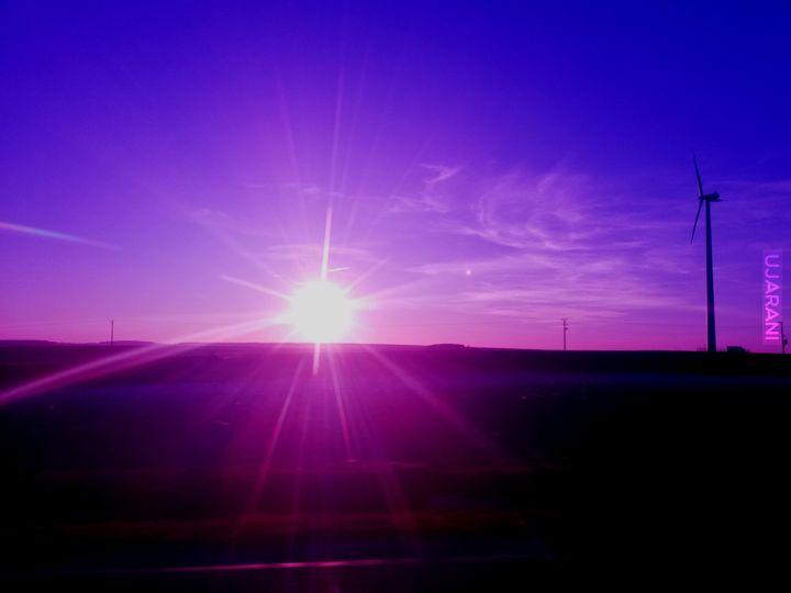 Purpurowy świat za oknem.