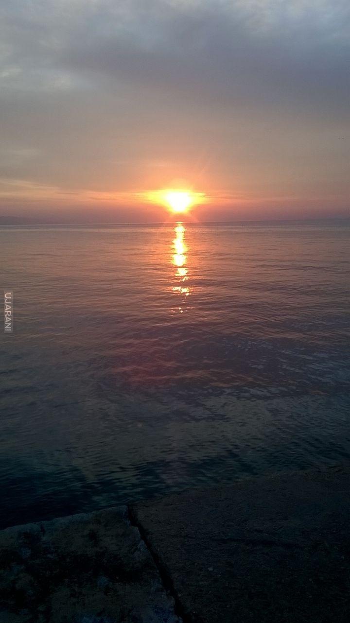 Marzenia się spełniają..... wschód słońca w Barcelonie