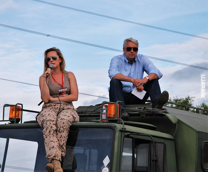 Bogusława Wołoszański  sierpień 2012 inscenizacja bitwy pancernej na polach wsi Tokary