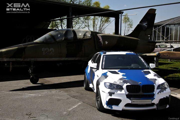 BMW X6 M  700 km