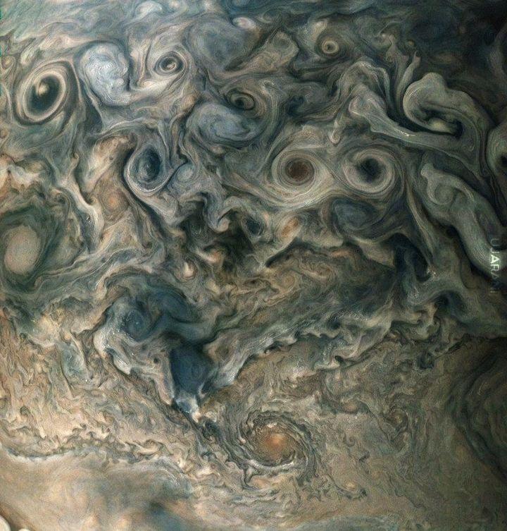 Zdjęcia Jowisza sonda juno