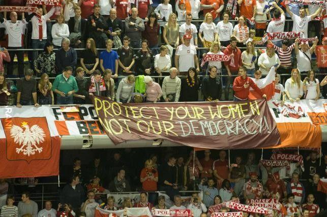 Transparent z meczu siatkówki Niemcy - Polska