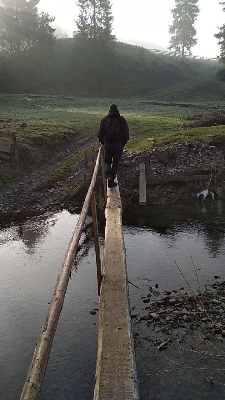 Ławeczka w drodze na Magurke (sk)
