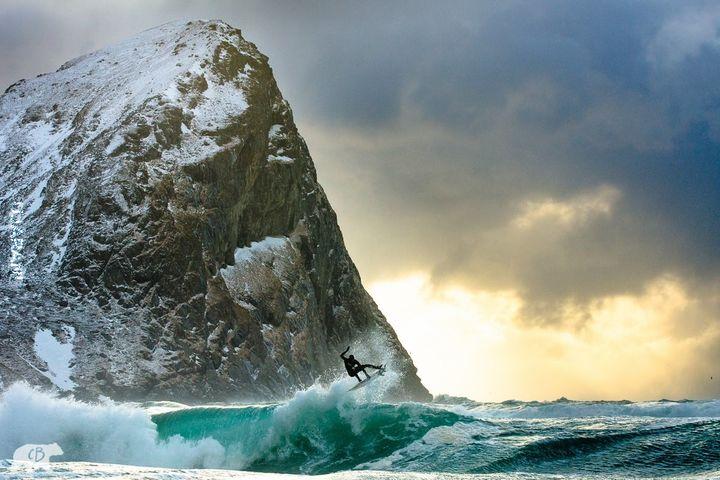 surfing w norwegii