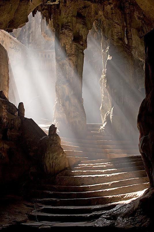 Khao luang,jaskinia światła, Tajlandia
