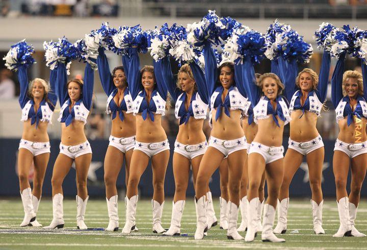 Dallas cowboy cheerleaders dating players