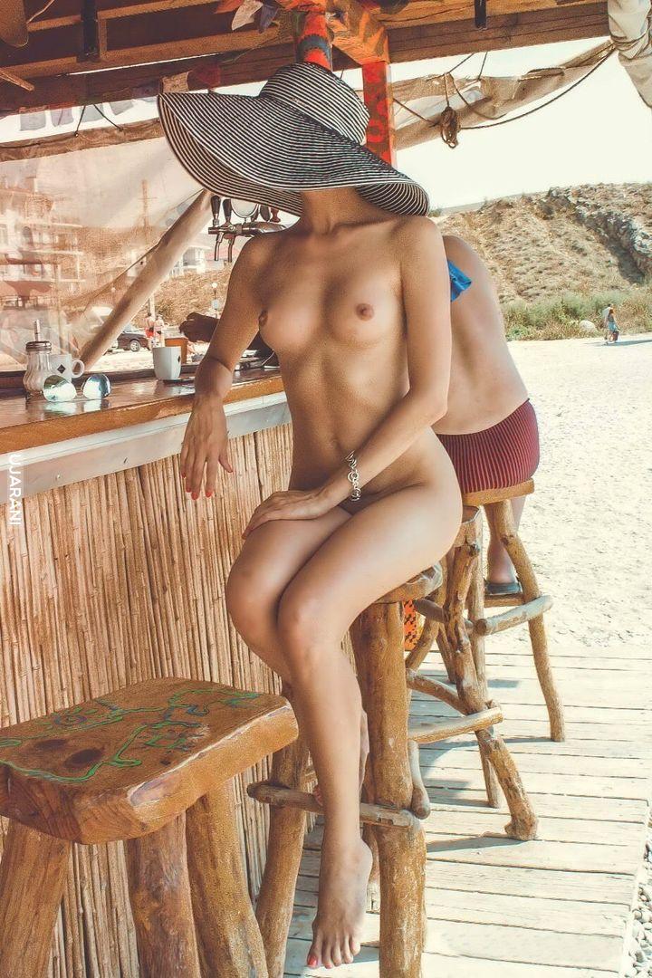Przy barze