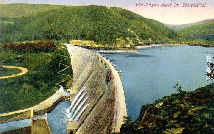Tama na jeziorze Bystrzyckim kiedys i dziś :)