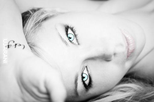 Ładne oczka i usta to podstawa!!