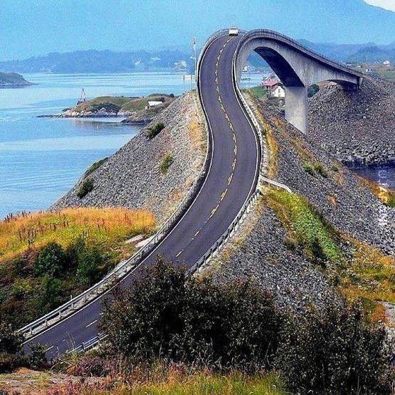 Atlantic Road, Norwegia.