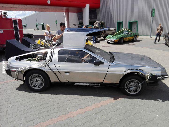 DeLorean w teraźniejszości