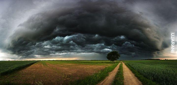 Front burzy..