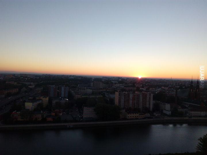 Miasto budzi się