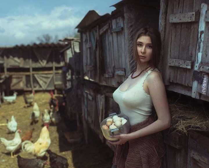 Kobieta z jajami