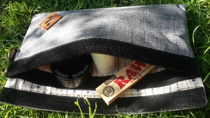 Revelry Confidant Bag