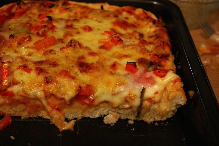 Pizza na extra grubym cieście