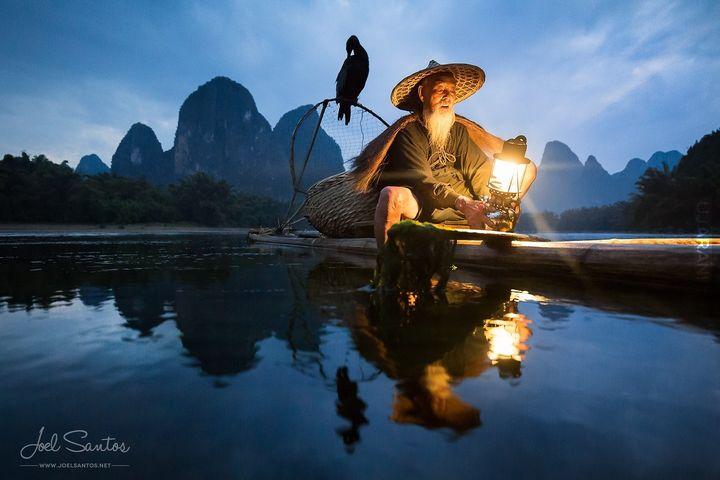 Rybak - Chiny, Guangxi, Xingping.