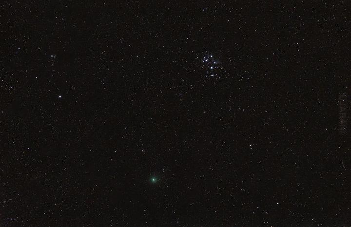 Plejady + kometa 46P/Wirtanen