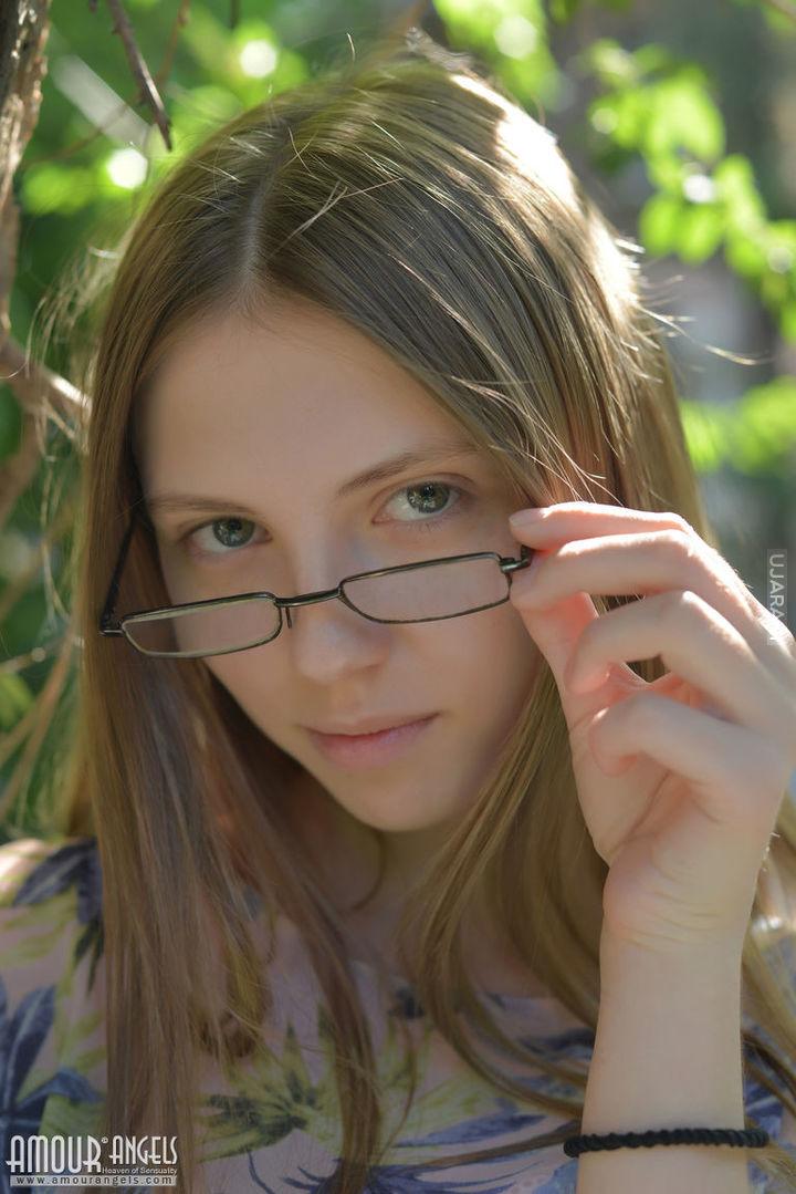 W okularkach :)