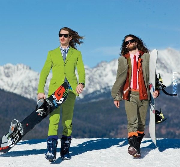 snowboarding descriptive essay Snowboarding jackets essay 962 words | 4 pages snowboarding jackets are an essential piece of gear that should keep the rider warm, comfortable and protected from the harsh cold when riding on the slopes.