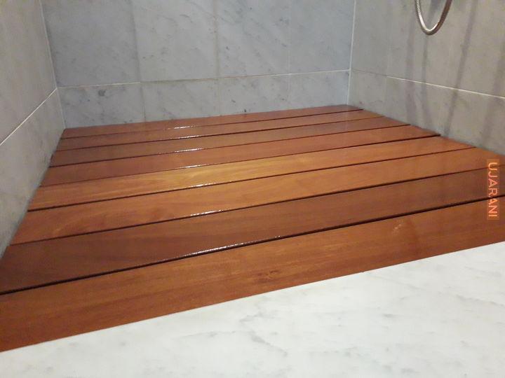 Balau pod prysznic na zamówienie.