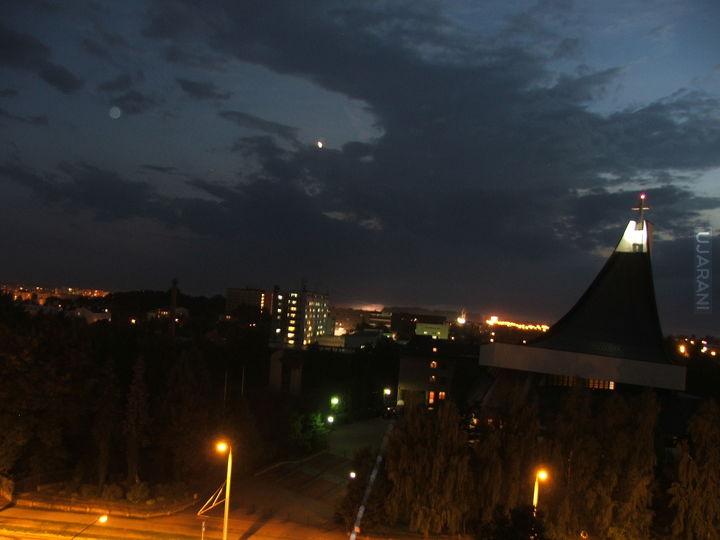 Z Balkonu Wieczorem