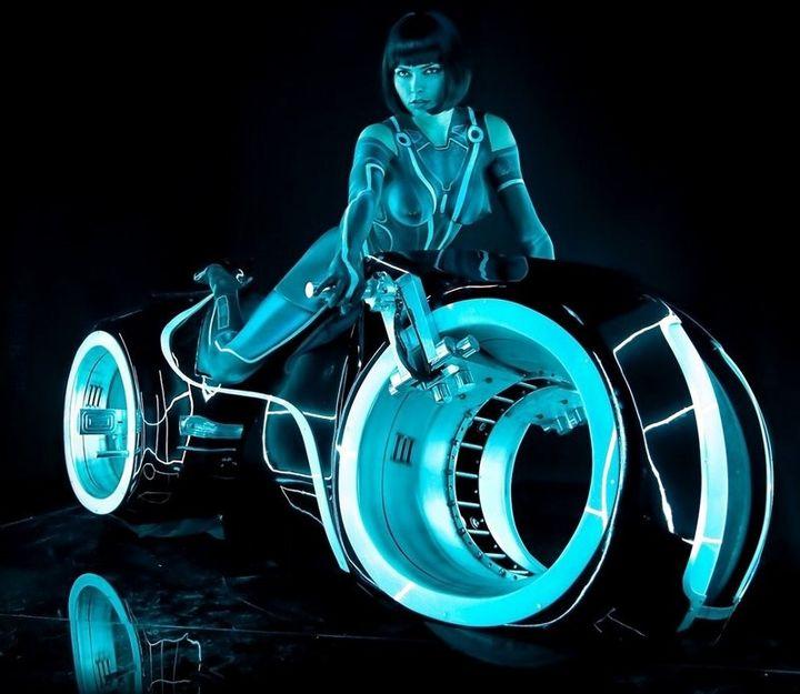 TRON Motocykl (: