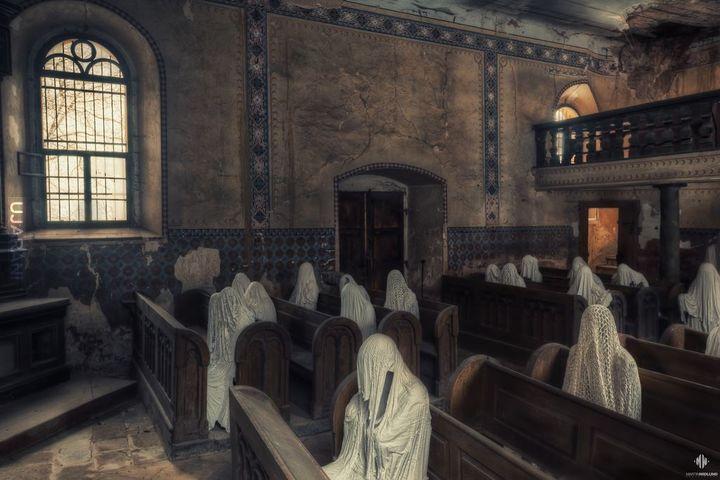 Opuszczony kościół św. Jerzego we wsi Łukowa w Czechach