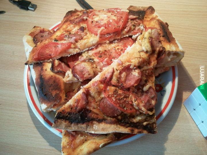 Pizza lepsza jak w pizzeri ;)