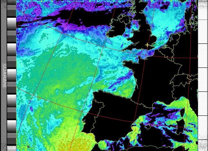 Zdjęcia z satelity pogodowej NOAA19