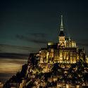 Mont Saint-Michel w nocy