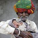 najstarszy ojciec świata - 90cio letni Nanu Ram Jogi z Indi