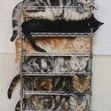 W sklepie z kotami
