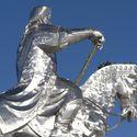 pomnik dżyngis chana mongolia