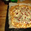 Własne :) Wyszły przepyszne! :D Pizza rzeźnicka x2 !!!