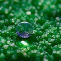 Kropla na powierzchni hydrofobowej.
