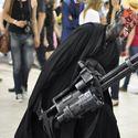 W dupę sobie wsadź świetlny mieczyk Obi Wan...