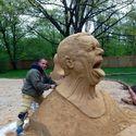 Głowa z piasku